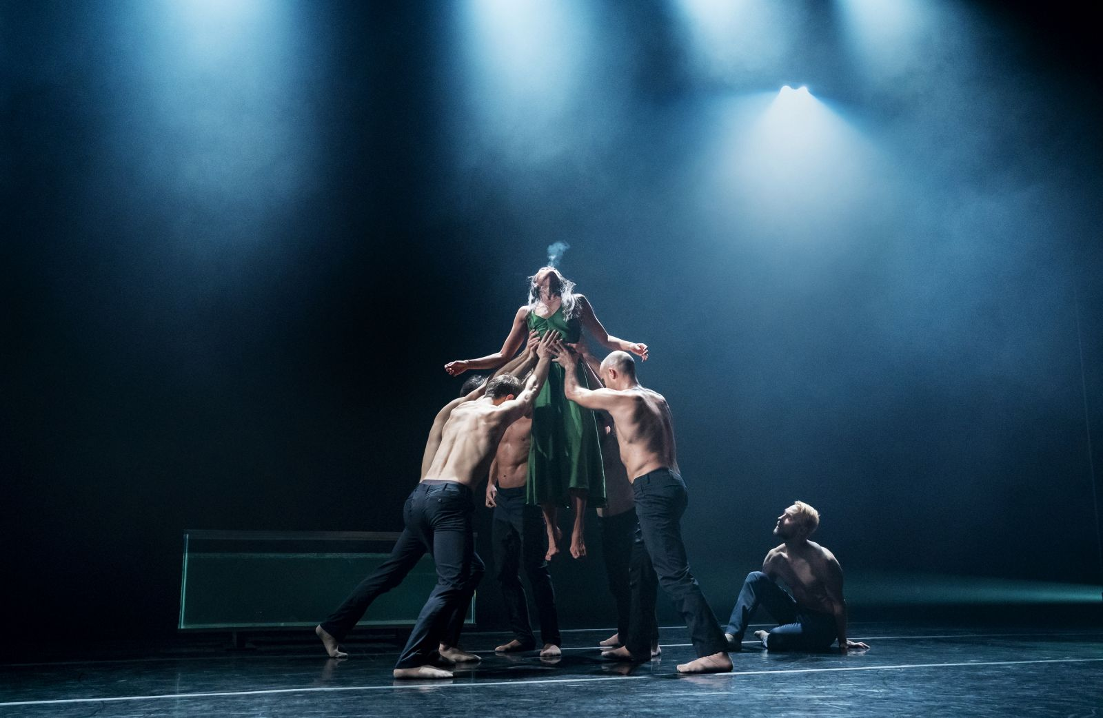 Photo of the dancers of SIREN performance