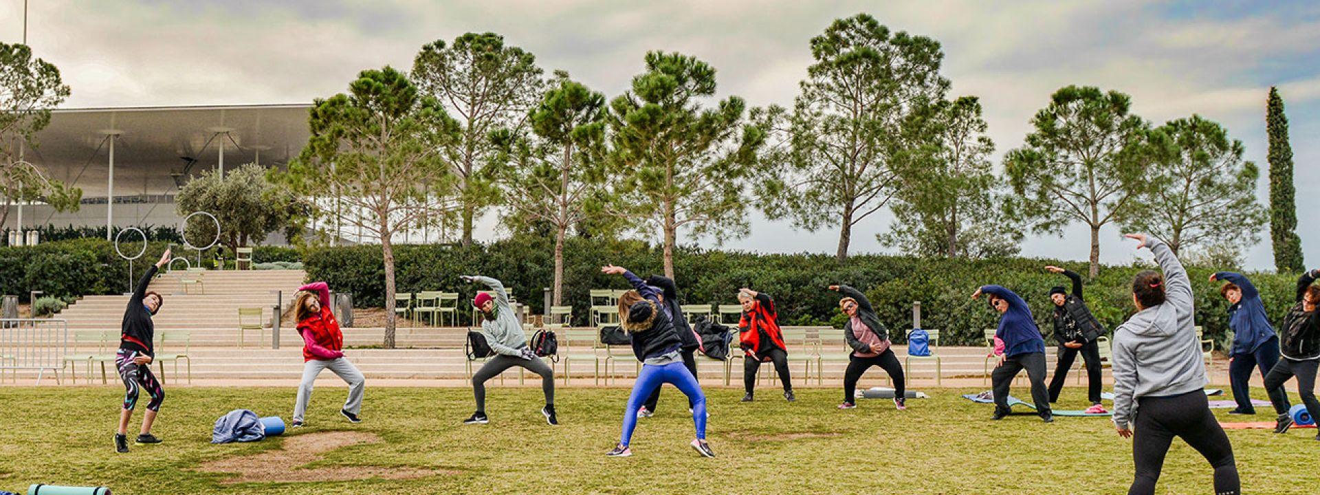 Φωτογραφία από μάθημα mat pilates στο Πάρκο Σταύρος Νιάρχος