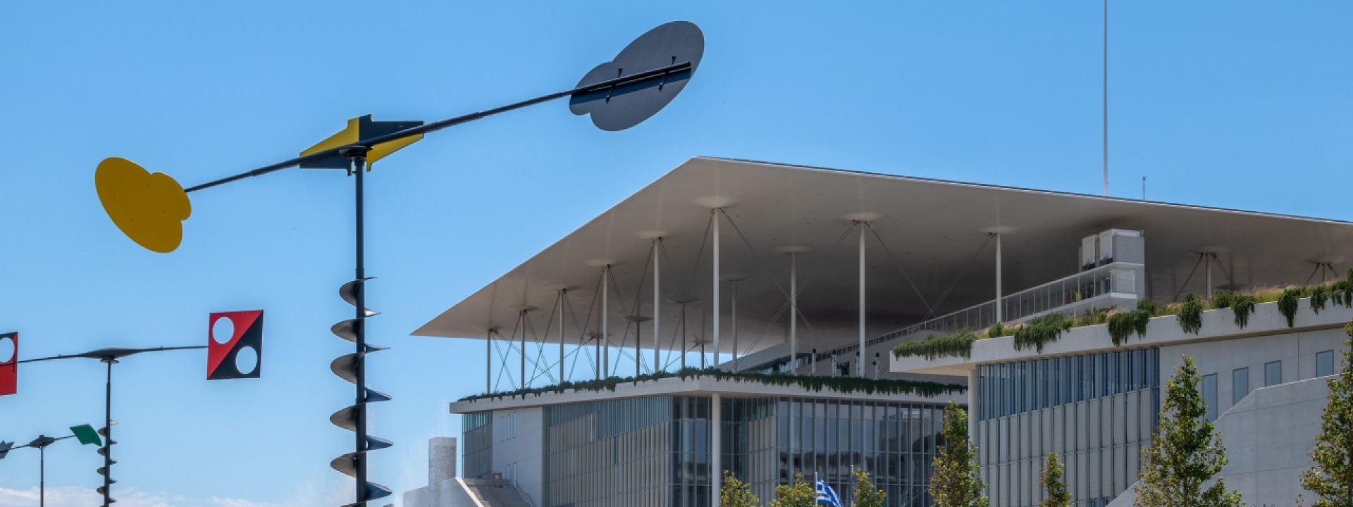 Guided Tours at the SNFCC and the exhibition Takis: Cosmos in Motion (in English) - Εικόνα