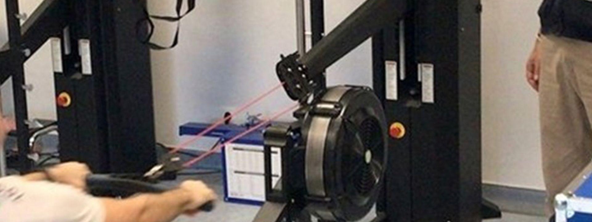 Φωτογραφία απο μάθημα γνωριμίας με τον αθλητικό τεχνολογικό εξοπλισμό
