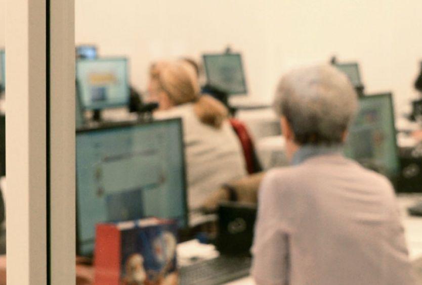 Φωτογραφία από το εργαστήριο Μαθήματα Υπολογιστών