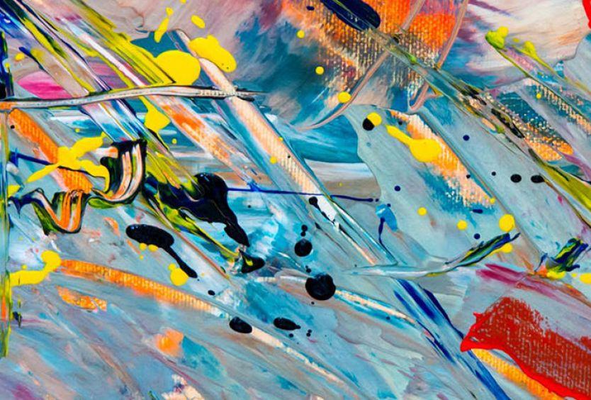 Ζωγραφιά με πολλά διαφορετικά και έντονα χρώματα