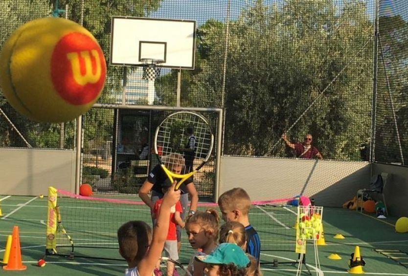 Φωτογραφία που απεικονίζει τη δραστηριότητα mini tennis
