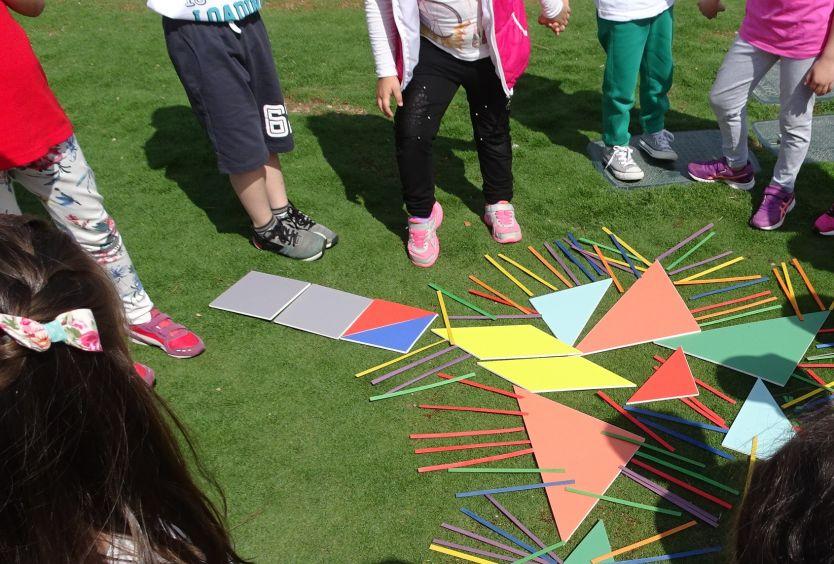 Φωτογραφία με μαθητές στο ΚΠΙΣΝ - εκπαιδευτικά προγράμματα