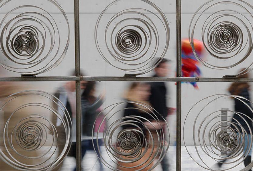 Φωτογραφία γλυπτού από την έκθεση του Γ. Ζογγολόπουλου