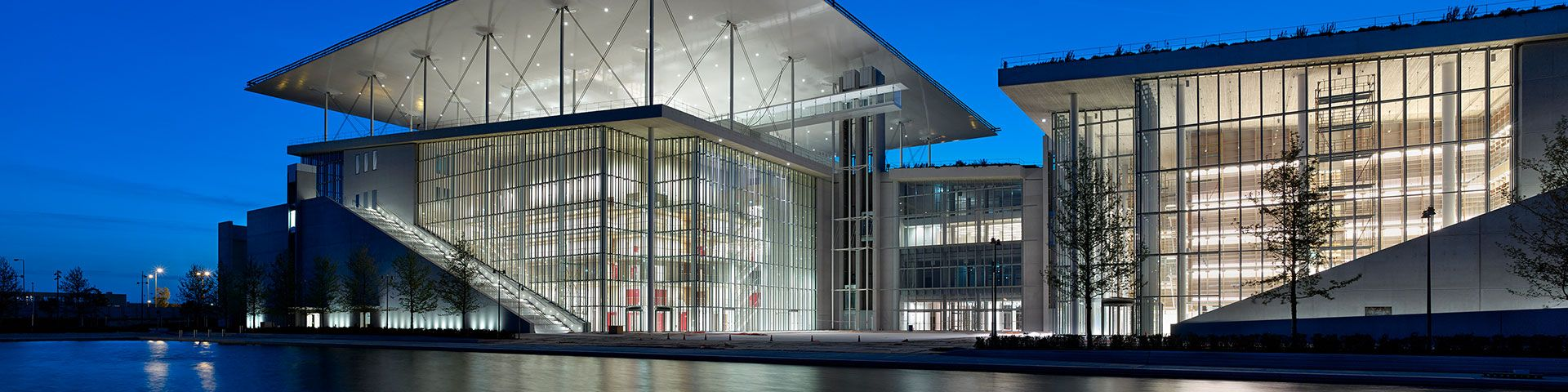 The Stavros Niarchos Foundation Cultural Center is awarded the European Solar Prize 2017 - Εικόνα